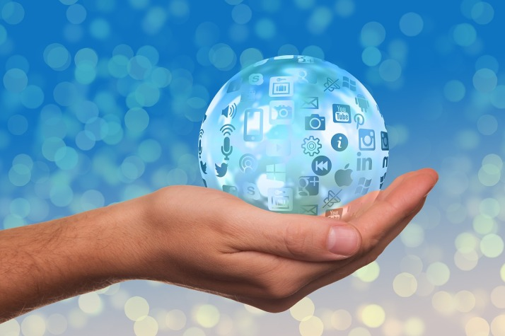 social-media Globe